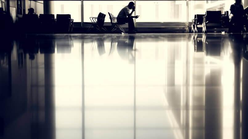 ожидание в аэропорту диалог